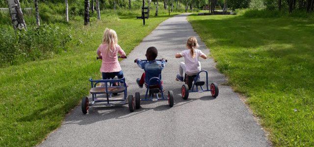 venner på sykkeltur